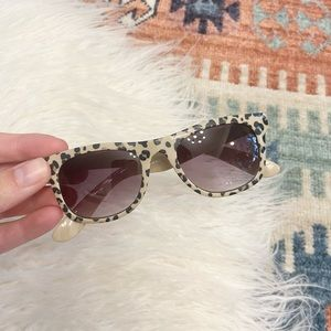 H&M kids leopard print sunglasses minimalist animal print